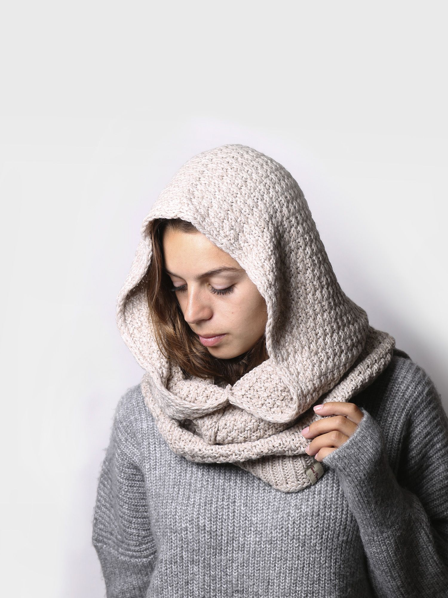 Accessories for women, hood made of wool and fabric - FENIX